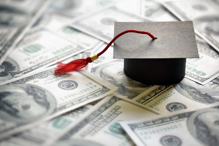 5 Creative Ways to Save Money on College Tuition