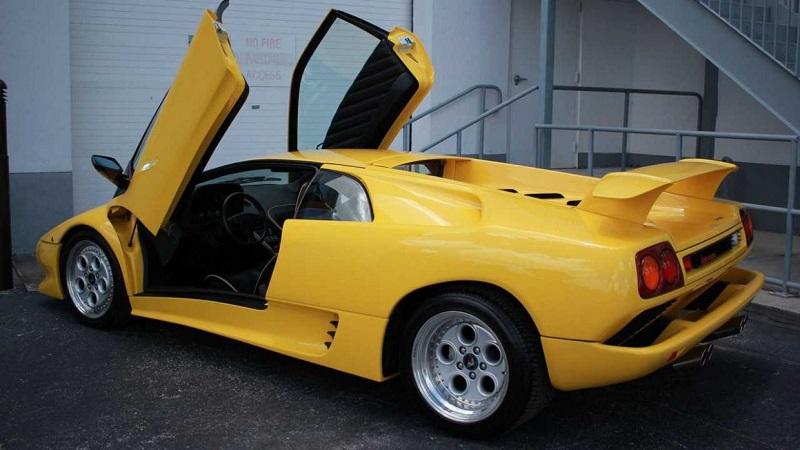 Buying a Used Lamborghini